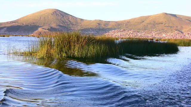 Peru-Puno-Titicacasee -  Wellen  - 11/598