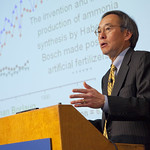 Energy Secretary Chu Visits Berkeley Lab