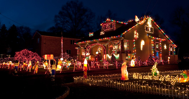 Extreme Holiday Decorations - a gallery on Flickr