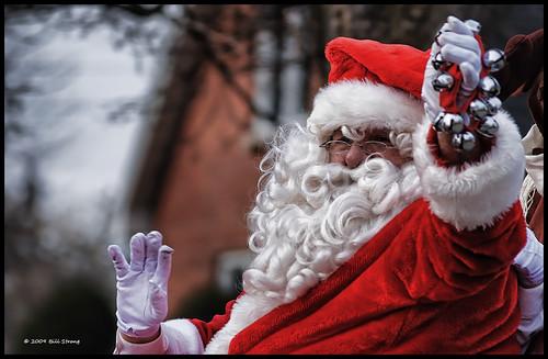 santa parade claus cayuga santaparade nikkor75240mm topazadjust