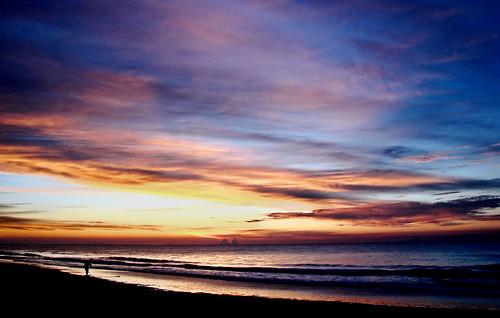 ocean sun beach nature clouds sunrise dawn sand surf sony southcarolina nubes atlanticocean nmyrtlebeach brandondaryle bdaryle imagesbybrandon theoriginalgoldseal