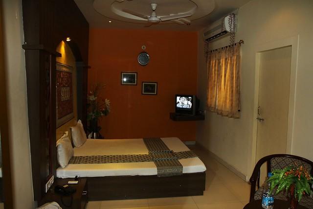bhuj hotels