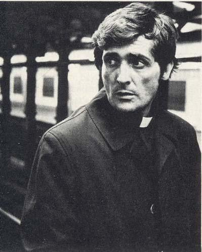 Former Notre Dame coach Ara Parseghian dead at 94 ...