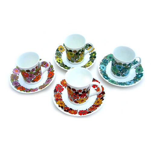 "Elizabethan ""Portobello"" cups and saucers"