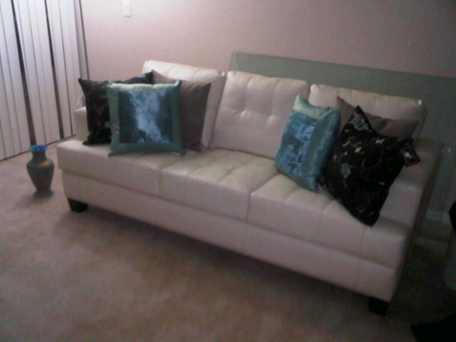 Throw Pillows For White Leather Sofa : White leather couch with pillows Flickr - Photo Sharing!