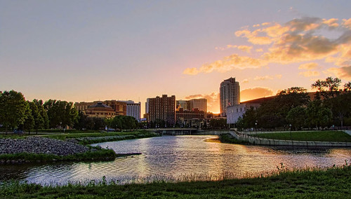 city sunset usa minnesota skyline river rochester hdr rochestermn zumbroriver picturenaut mayopark