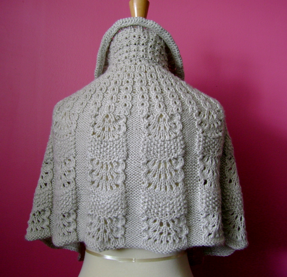 Wool Cape Knitting Pattern : Square (150   150) Small (240   232) Medium (640   617) Original (1192   1150...