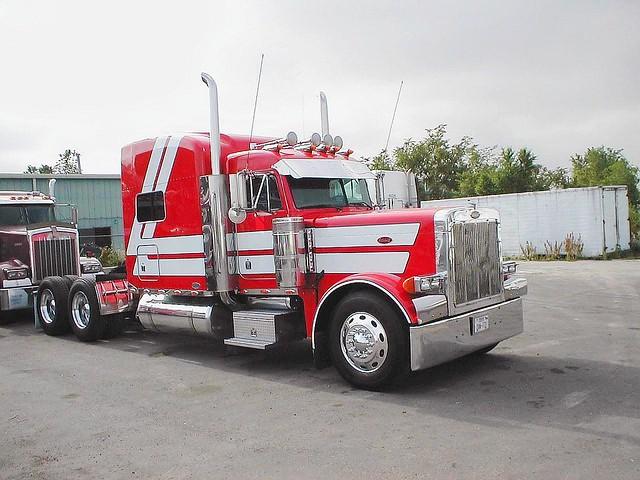 Over The Road Tractors : No credit check semi trucks tractor trailer over the