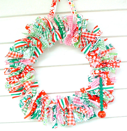 holiday rag wreath (14)