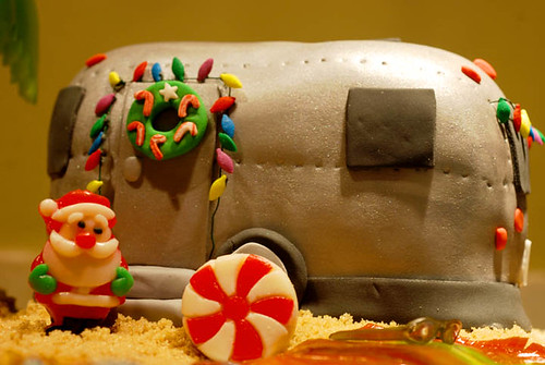 Airstream Trailer Gingerbread Scene - Christmas in a Mobile home
