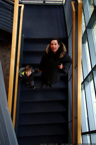 taking grandma downstairs to the childrens' library    MG 2655