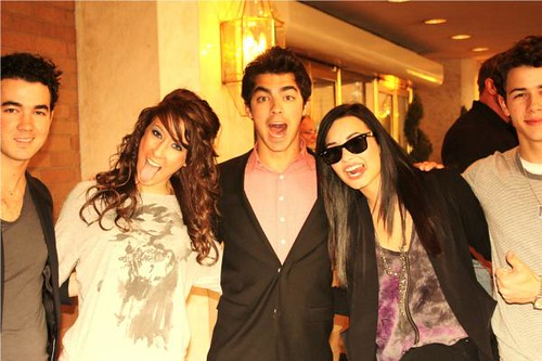 Demi & Jonas Brothers