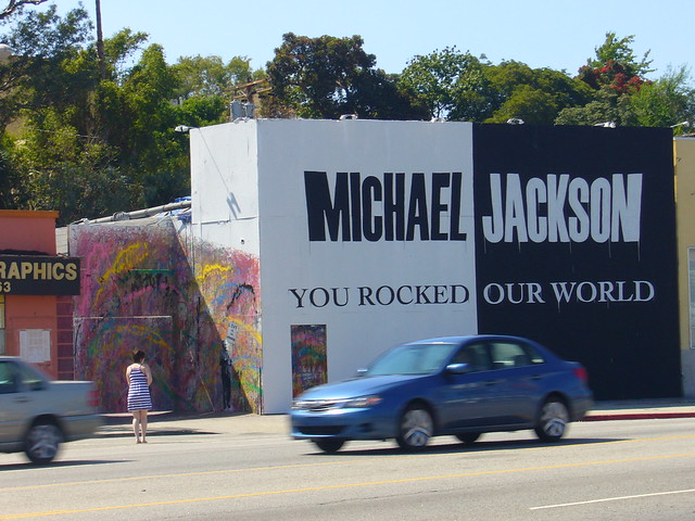 Michael jackson mural this was on la brea just north of for Jackson 5 mural