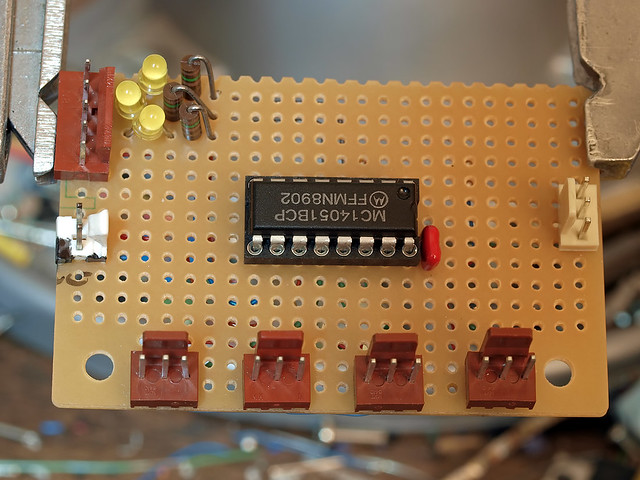 DIY: spdif digital audio switch 'fabric' board