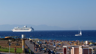 Έλλη (Elli Beach) Elli Beach Ródos 近く の画像. cruise sea summer beach landscape ship greece rhodes 2009 cruiseliner legendoftheseas ρόδοσ