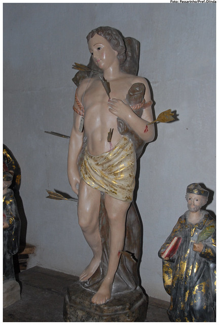 Header of sacra