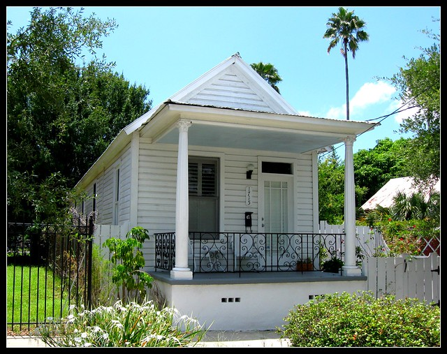 Immaculate shotgun house flickr photo sharing Prefab shotgun house