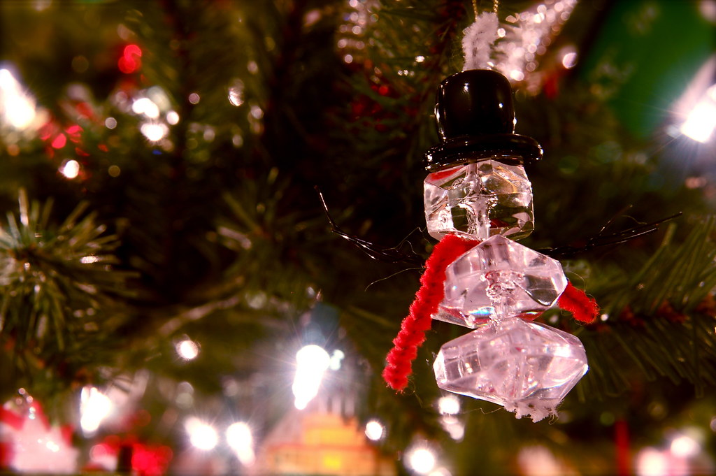 2007 Ice Snowman Ornament