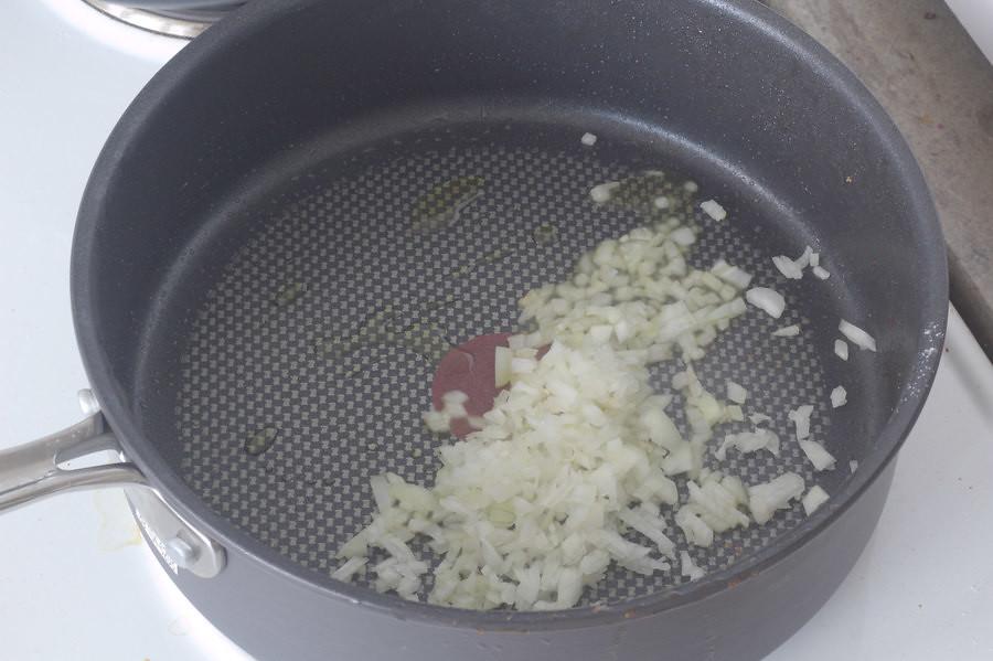 Pastaret med svinemørbrad og bacon i cremet hvidvinssauce (11)
