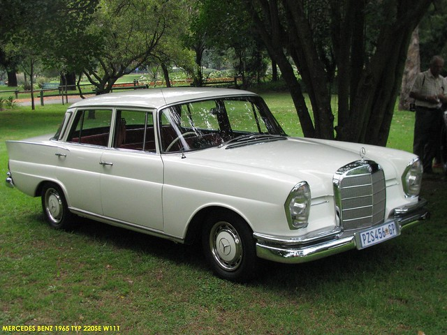 Mercedes benz 1965 220se w111 4 flickr photo sharing for 1965 mercedes benz