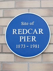 Photo of Redcar Pier and George Rossi blue plaque
