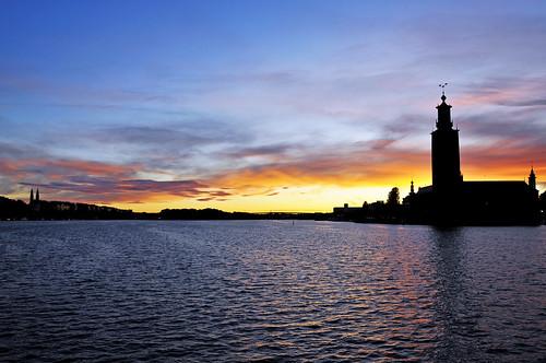 Stockholm Harbour al anochecer