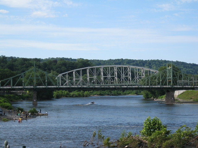 easton pa dating Living in easton, pa easton snackability 7 /10 overall snackability jobs 6 /10  10 best cities for singles in pennsylvania 10 worst places to live in.