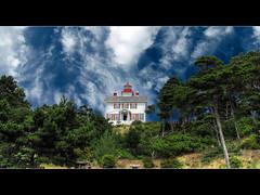 Yaquina Bay Lighthouse - HDR