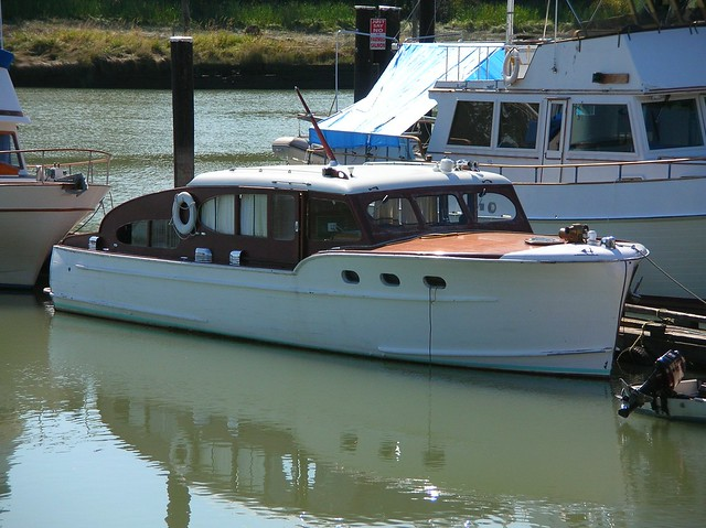 Anonymous old cabin cruiser Flickr Photo Sharing