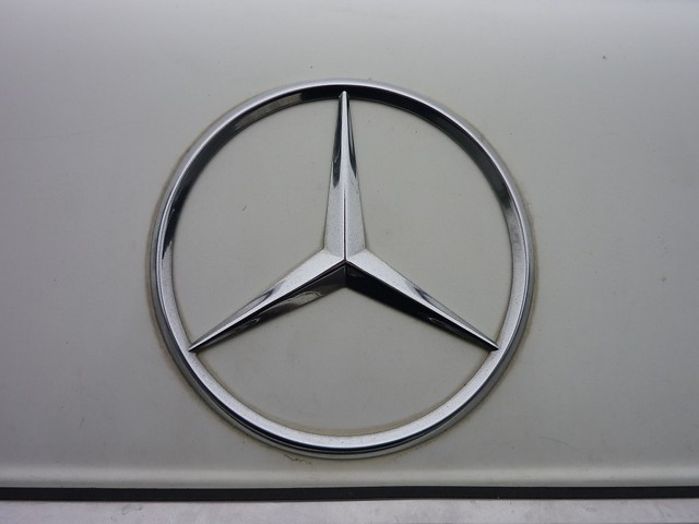 Mercedes sign flickr photo sharing for Mercedes benz sign for sale