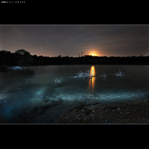 longexposure moon lightpainting water reflections nikon australia brisbane moonrise queensland quarry 1735mmf28 d700 karawatha