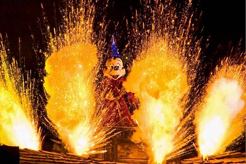 Disneyland Aug 2009 - Fantasmic!