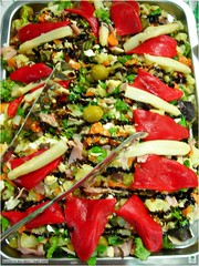 greek salad(0.0), produce(0.0), panzanella(1.0), vegetable(1.0), food(1.0), dish(1.0), cuisine(1.0),
