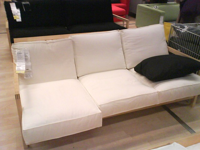 divano bianco tre cuscini tre posti ikea flickr photo