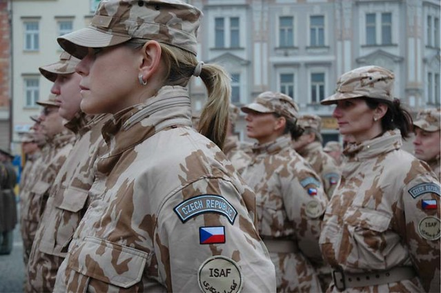 DMP-FF0260 - CZECH FEMALE SOLDIERS