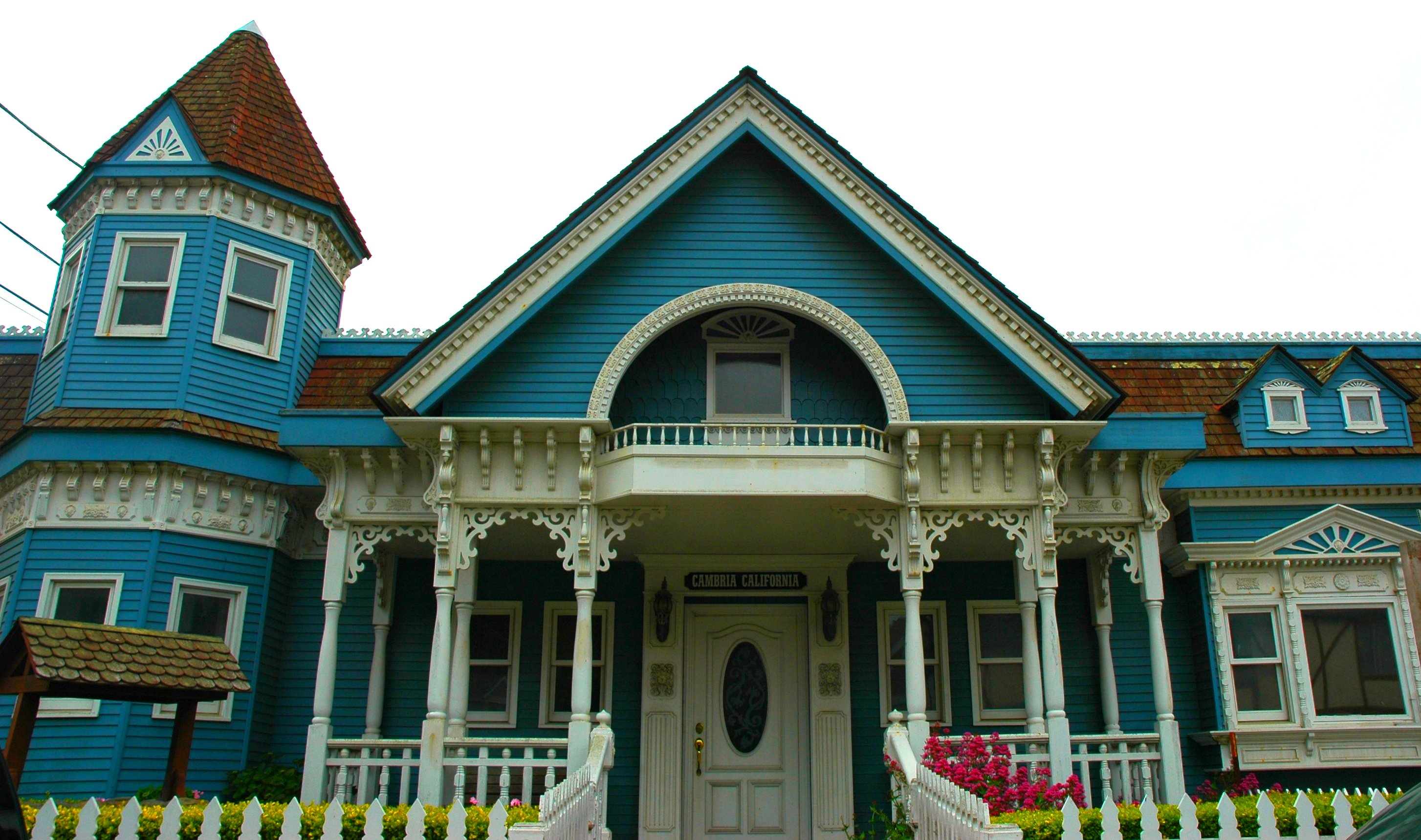 Blue and white classic Victorian House, Cambria, California, USA ...