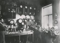 Erlandsen Urmakerverksted / Erlandsen Watchmakers (ca. 1900)