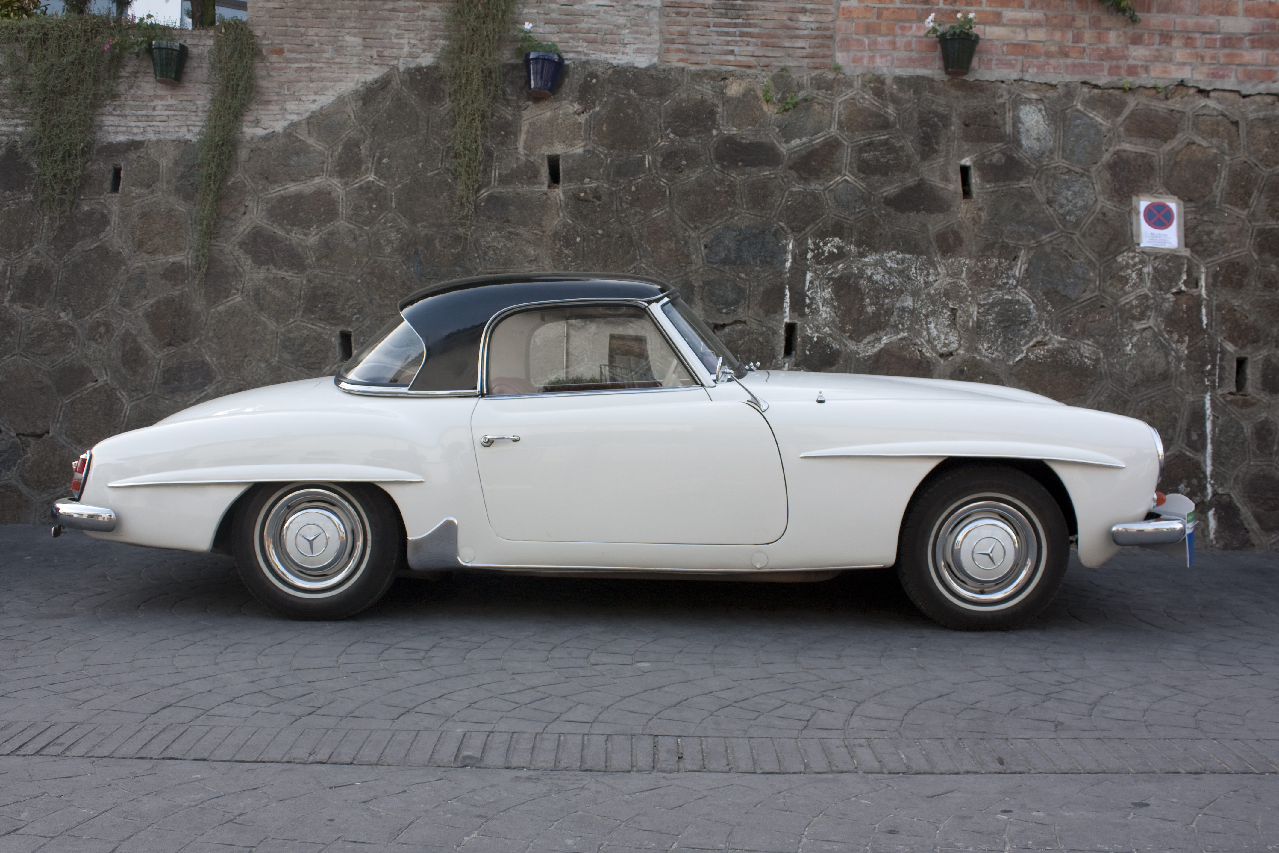 1956 mercedes benz 190 sl images pictures and videos for 1956 mercedes benz
