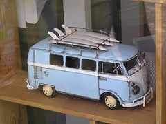 model car, automobile, van, volkswagen, vehicle, volkswagen type 2, scale model, land vehicle, classic,