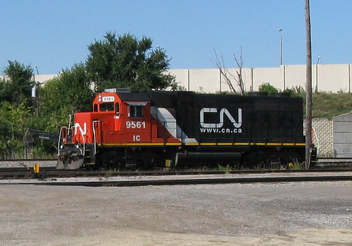 Canadian National EMD roadswitcher at work. Schiller Park Illinois. Late September 2009. by Eddie from Chicago