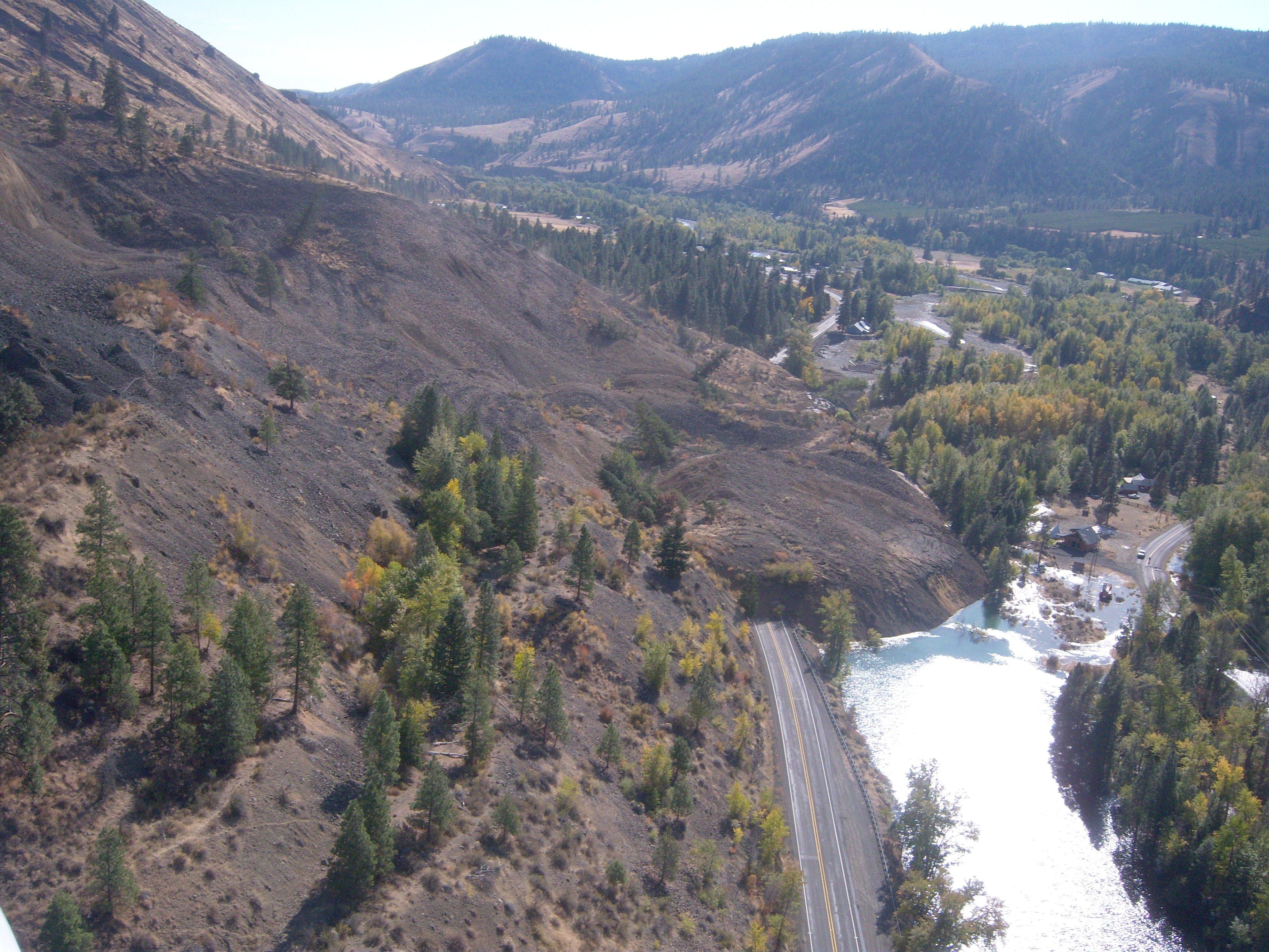Elevation of 81 Pine Cliff Dr, Union Gap, WA, USA ...