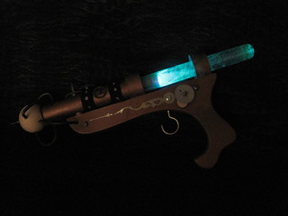The illuminated raygun