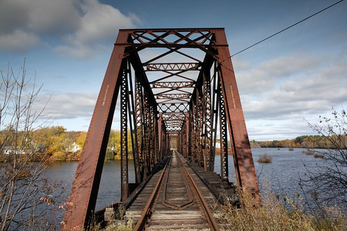maine madison railroadbridge anson somersetcounty kennebecriver trussbridge mainecentralrailroad throughtruss thrutruss pratttruss prattthroughtruss