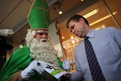 De Groene Sint op bezoek bij Hema