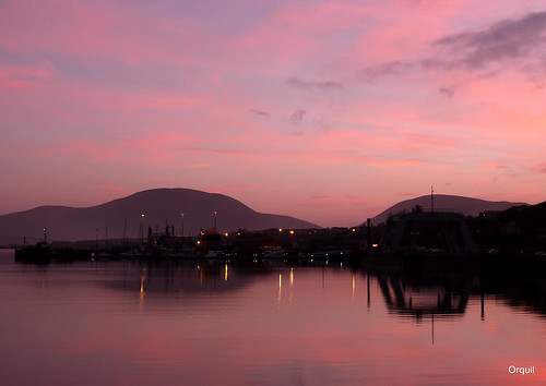 Pink Sky At Stromness by orquil