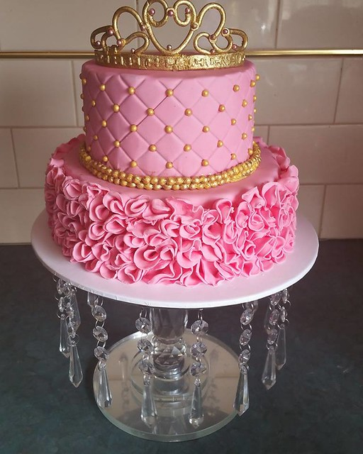 Princess Cake by Helens Heavenly Cakes