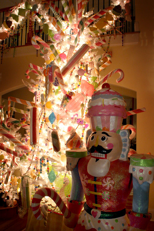 Candyland Sample christmas tree decorating ideas