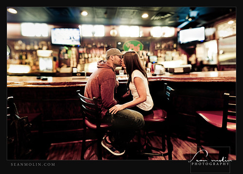 Libby & Austin | The Pub *Explored* - Sean Molin