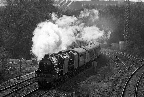 "Black 5's no's 45231 & 44871 head the ""Buxton Spa Express"" through Clay Cross on 15-03-2014"
