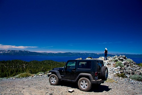 lake mountains water landscape jeep offroad laketahoe bluesky sierranevada circularpolarizer wrangler rubicon wideopenspaces canonefs1785is sierranevadamtns canoneos40d